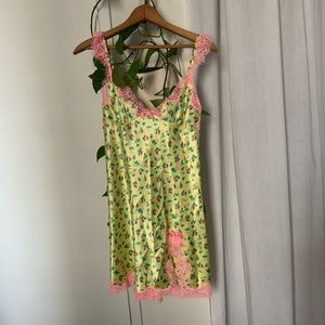Betsey Johnson NWT chemise with lace
